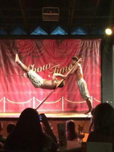 Buzymum - Hotel entertainment, acrobatics