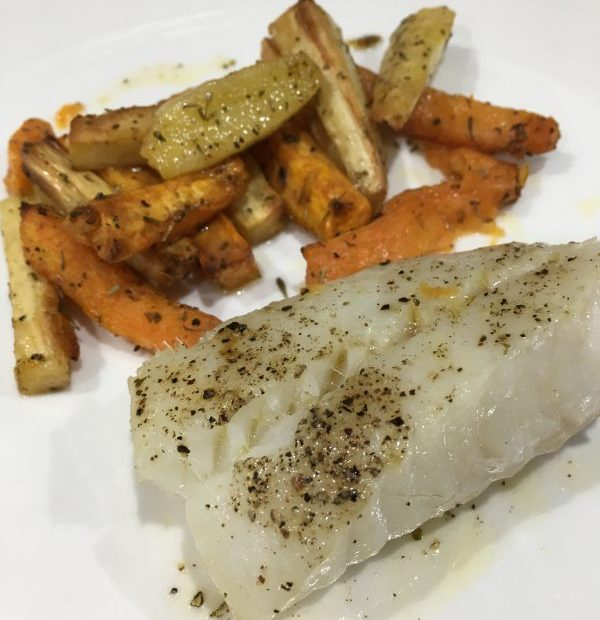 Buzymum - Cod with roasted veg chips ready to serve