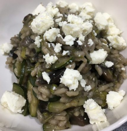 Buzymum - Mushroom and courgette risotto topped with feta