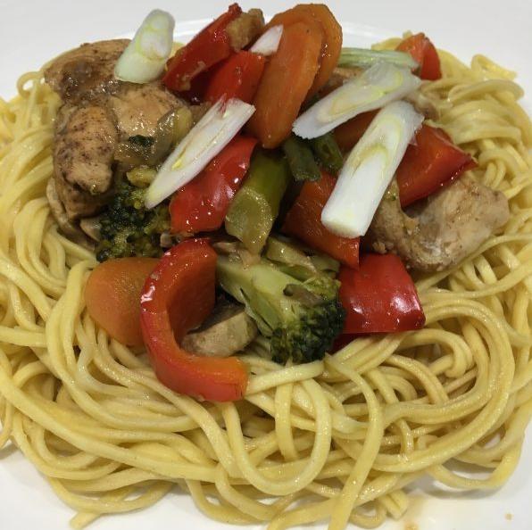 Buzymum - Chinese chicken, veggie noodles