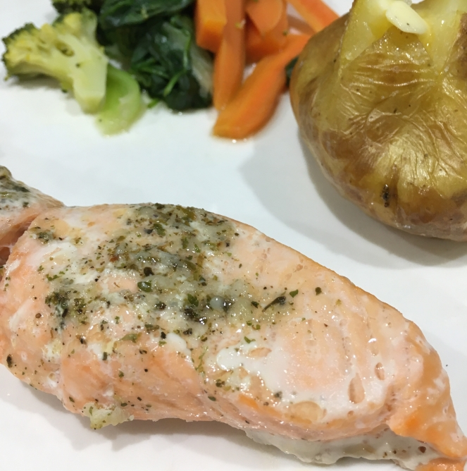 Buzymum - Garlic & herb butter baked salmon