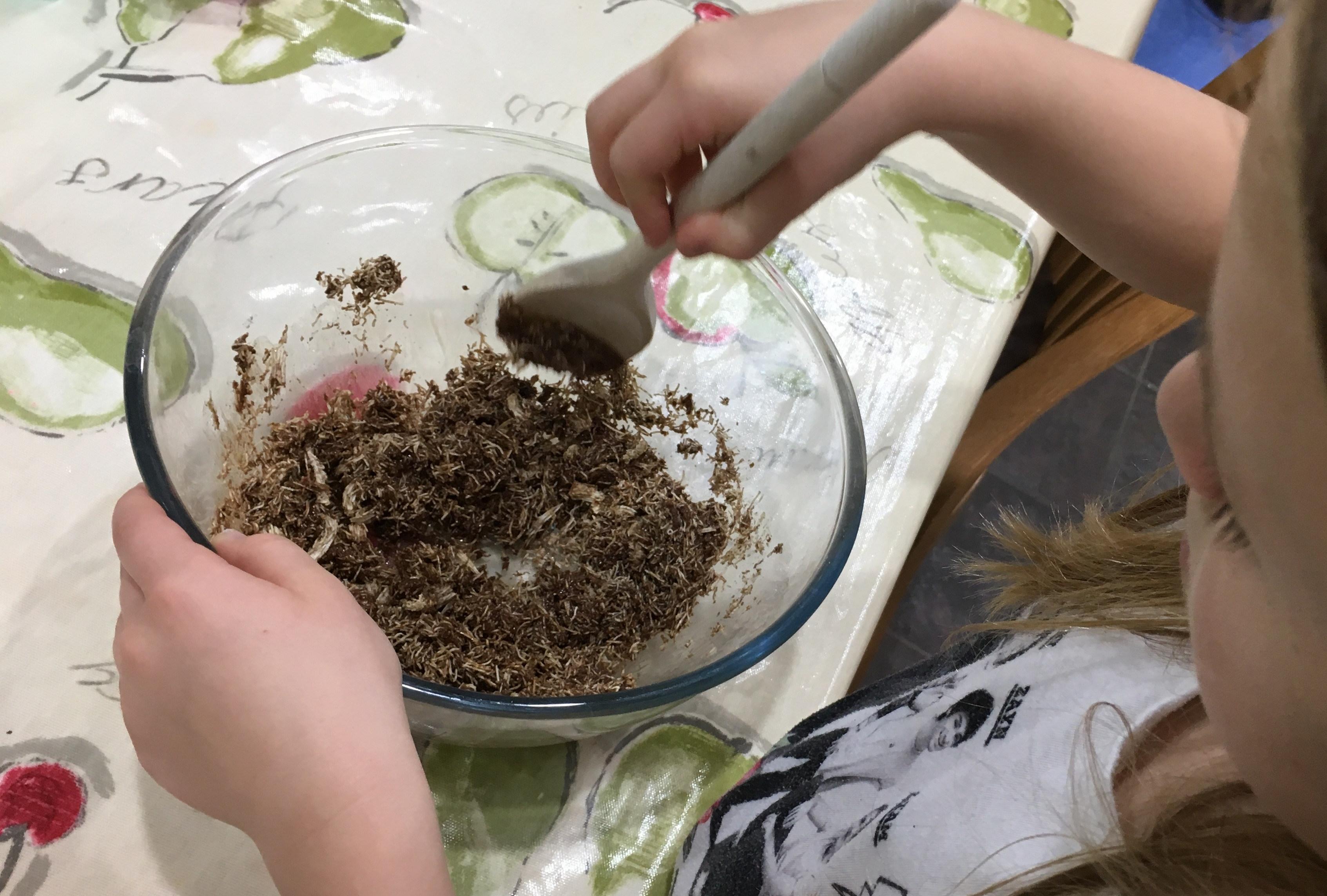 Buzymum - Lou helping to mix