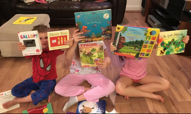 Buzymum - The kids holding up their favourite first books