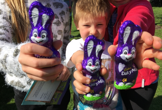 Buzymum - The easter egg hunt, chocolate prize!