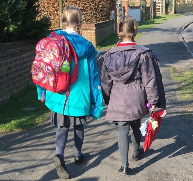 Buzymum - K and Lou walking to school
