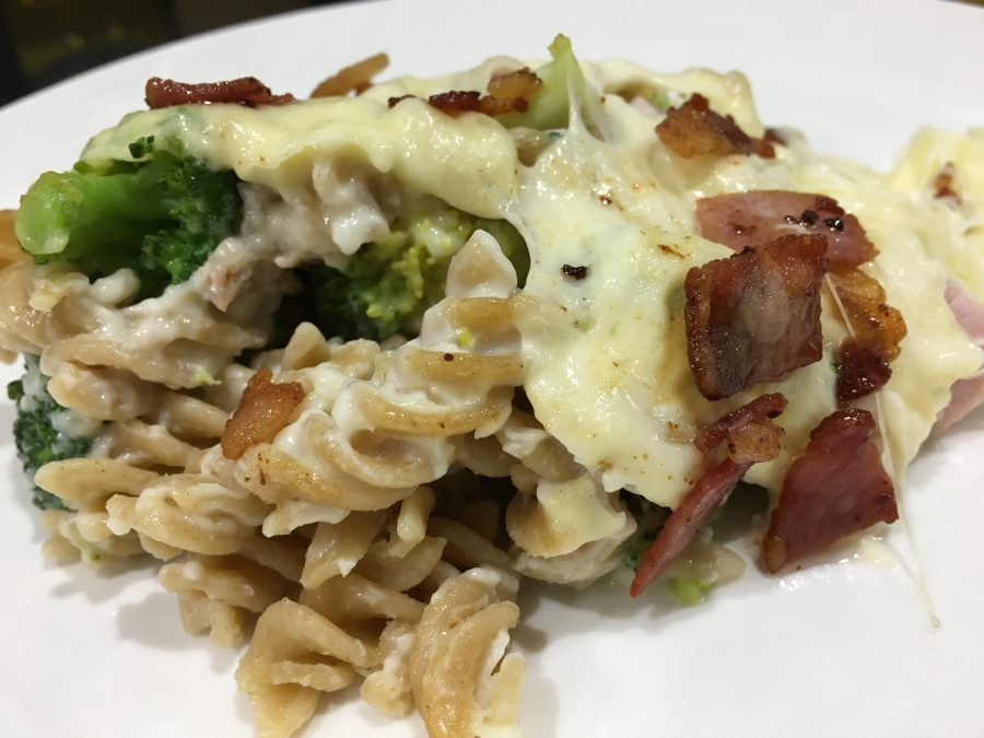 Buzymum - Pasta bake with ham, broccoli, bacon and mozzeralla