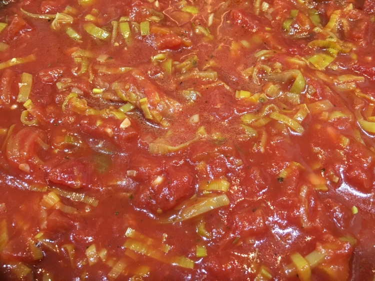 Buzymum - Tomato sauce for pasta, meatballs or dipping!